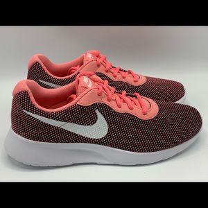 NEW Women's Nike Tanjun BV7432-002